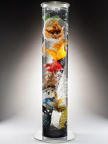 Centro de mar, Alison Sigethy, escultura vidrio reciclado