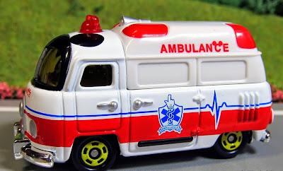 Disney Motors DM-31 Mickey Mouse Ambulance mô phỏng nhân vật Mickey