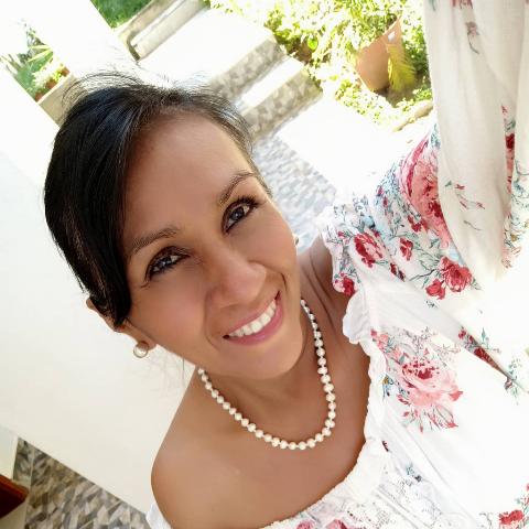 "Foto del perfil de Bessy ""Sol"" Cabrera Pizarro"