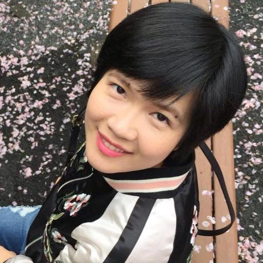 Aileen Tang Photo 13