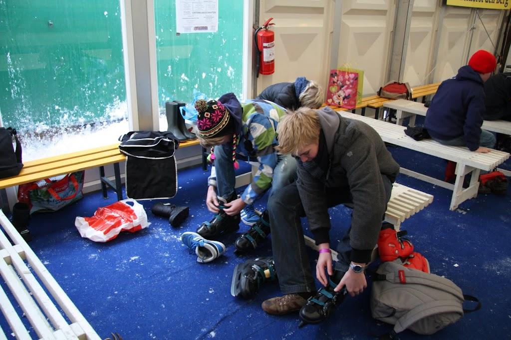 Sinterklaas bij de schaatsbaan - IMG_0293.JPG