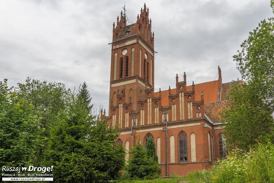 Czerwona Warmia - kościół w Pieniężnie