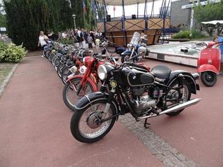 2016.09.11-025 exposition de motos anciennes