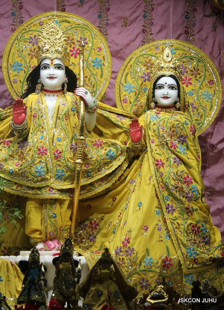 ISKCON Juhu Mangal Deity Darshan on 30th May 2016 (8)