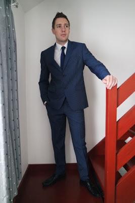 dobell suit