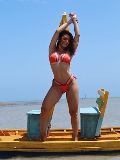 Denise Dias é a nova rainha de bateria da Inocentes de Belford Roxo