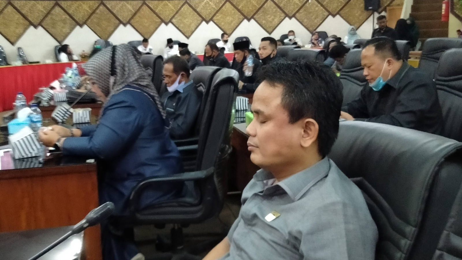 DPRD Kota Padang Gelar Rapat Paripurna, Wako Hendri Septa Sampaikan RAPBD 2022 Pendapatan Daerah Diperkirakan Rp2,597 Triliun