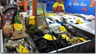 mercado-central-santiago-banca-peixes