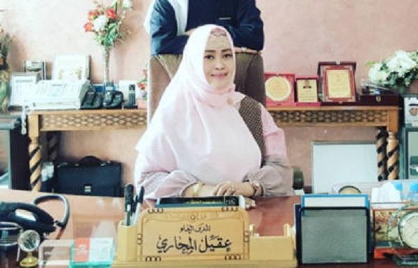 Panas, Massa Kontra Anies Tuntut Ganti Rugi Banjir, Ormas Fahira Idris 'Pagari' Balai Kota DKI