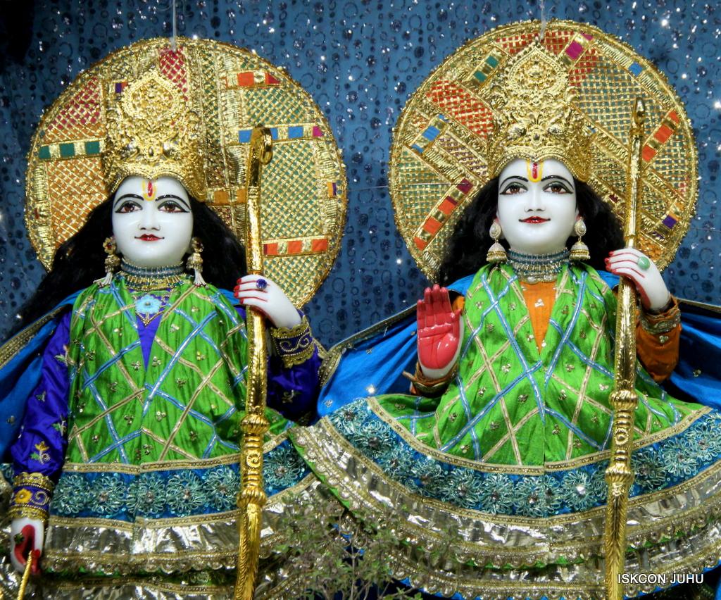 ISKCON Juhu Mangal Deity Darshan on 20th Jan 2017 (6)