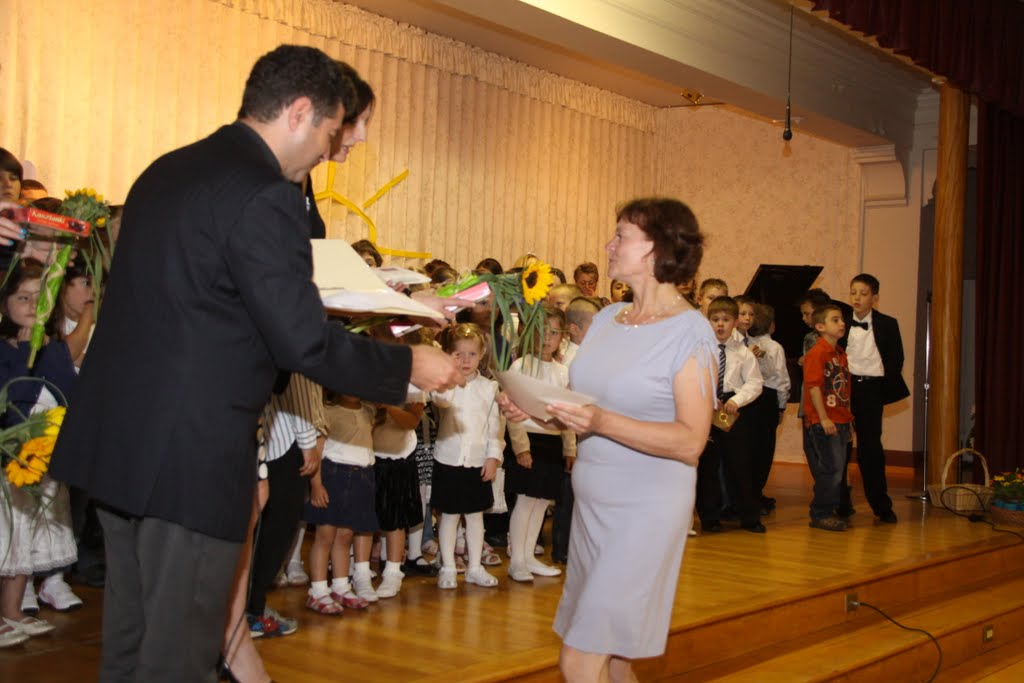 End of the School Year 2011 - DSC00013%2B%25282%2529.JPG