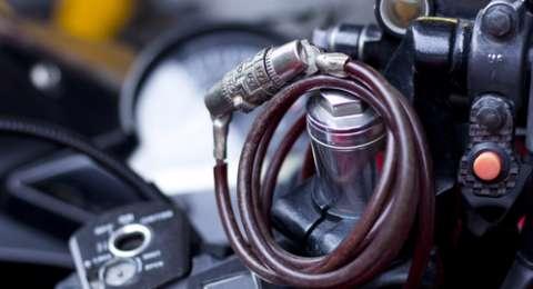 Gara-gara Tak Bisa Buka Jok, Kedok Maling Motor Terbongkar