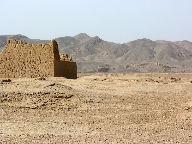 XINJIANG.  Turpan. Ancient city of Jiaohe, Flaming Mountains, Karez, Bezelik Thousand Budda caves - P1270793.JPG