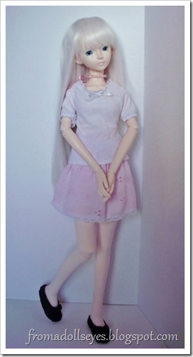 Of Bjd Fashion: Pretty and Pink and Short? Cute pink eyelet skirt for msd sized ball jointed doll.