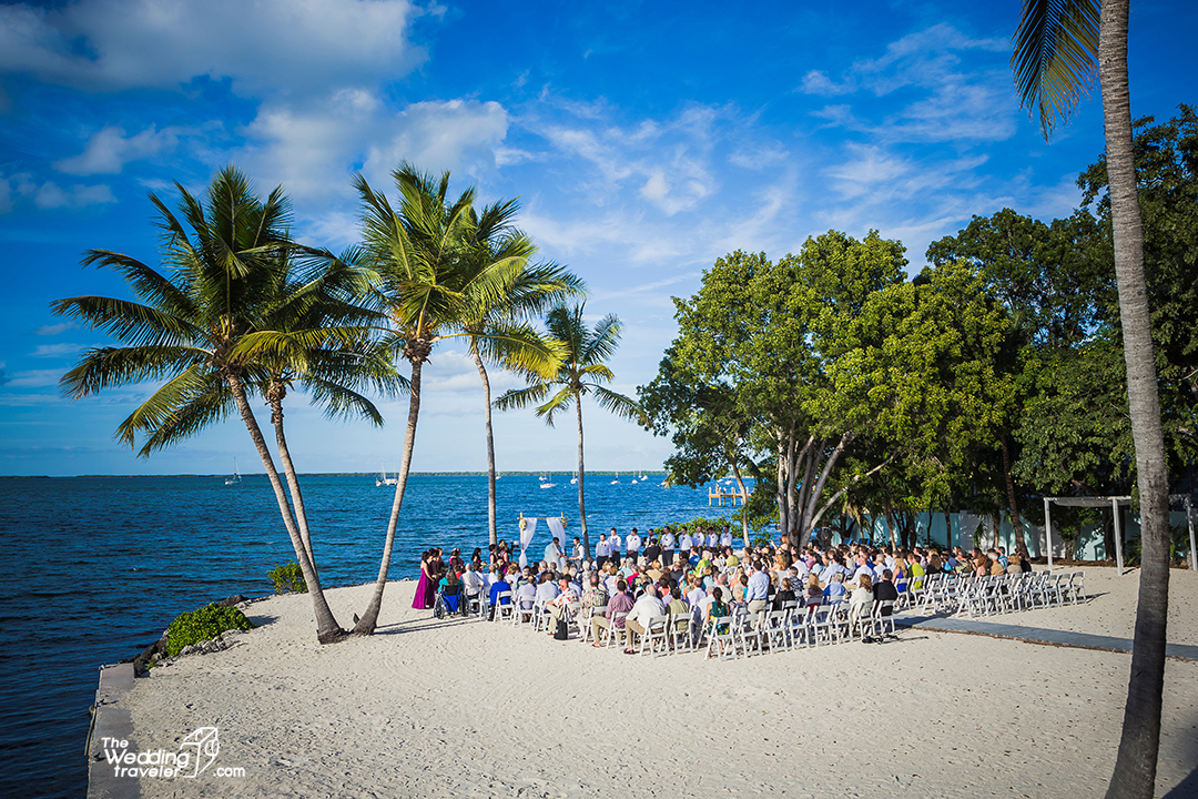 Elegant beach weddings in Florida