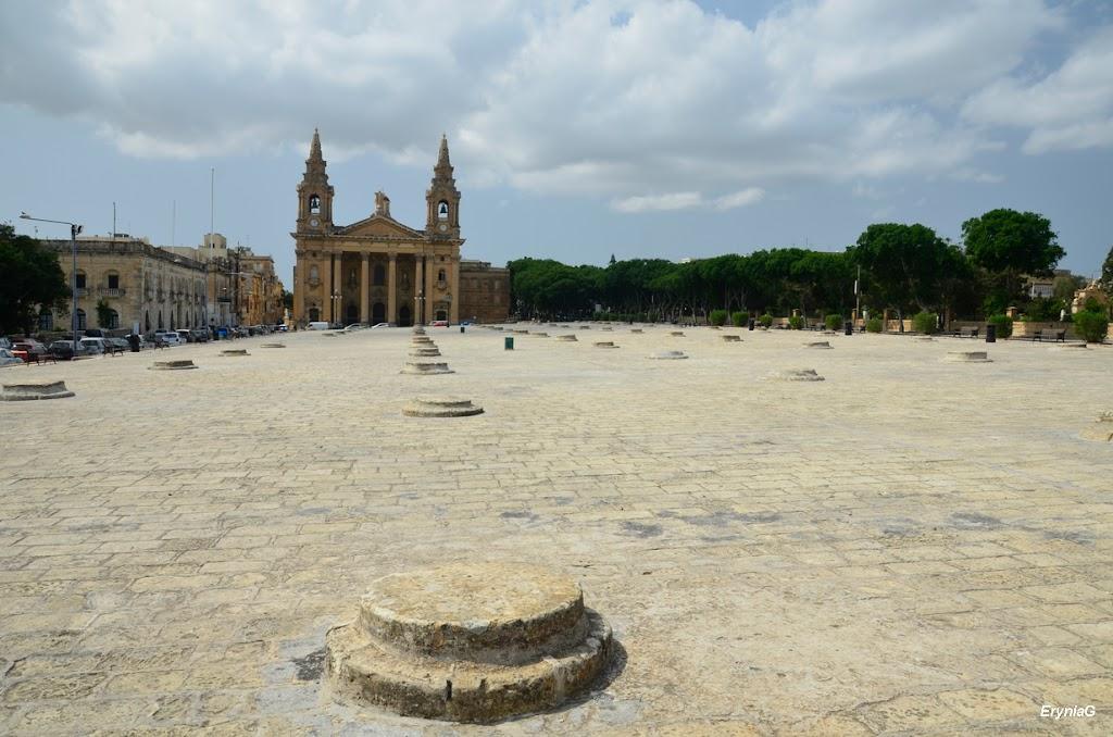 Fosos, Floriana, Malta