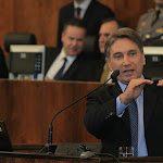 Palestra sobre  A Necessária Repactuação da Dívida dos Estados, em seminário promovido pela União Nacional de Assembleias Legislativas  (Unale), na Assembleia Legislativa-RS, dia 14 de maio
