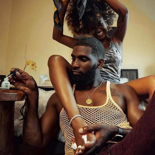 user Afua Pomaa apkdeer profile image