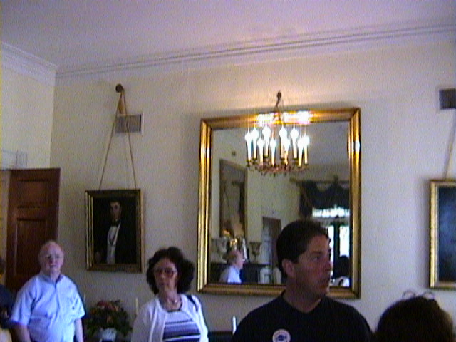 1100Inside_a_Southern_Mansion_-_New_Orleans