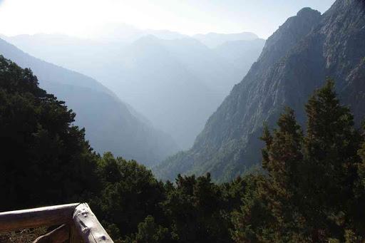 Point de départ des gorges de Samaria (Φαράγγι Σαμαριάς).
