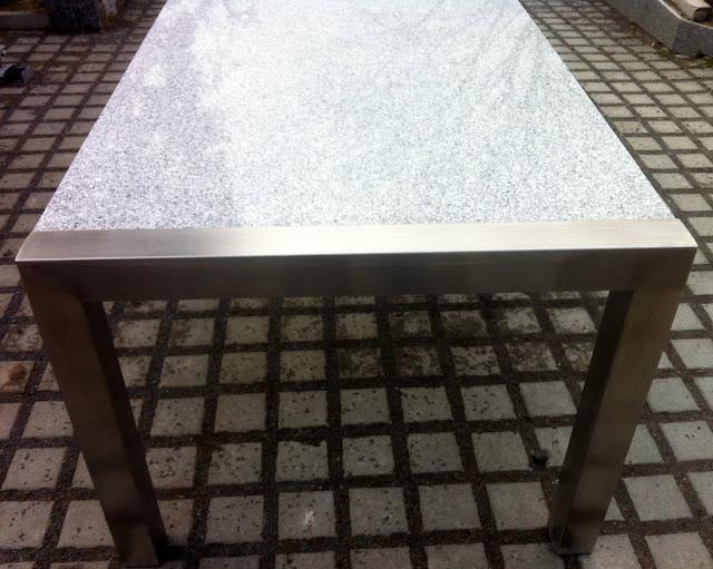 Gartentisch wohnzimmertisch 220x100 naturstein hell for Wohnzimmertisch untergestell
