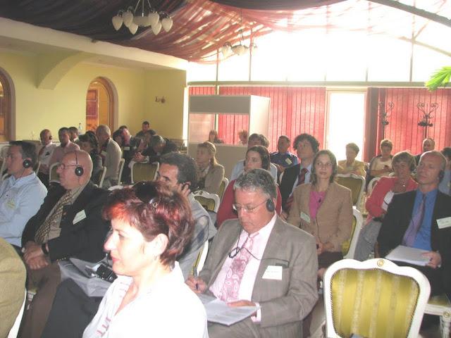 Conferinta finala a proiectului LOGO EAST - mai 2009 - poze%2Bconferinta%2B2%2B031.jpg
