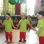 Dramatization of Farmer In The Dell WKSN (01/09/2015) Playgroup