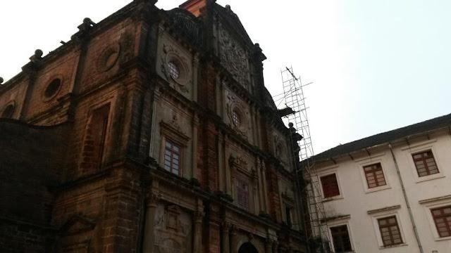 Basilica of Bom Jesus, Old Goa Rd, Bainguinim, Goa 403402, India