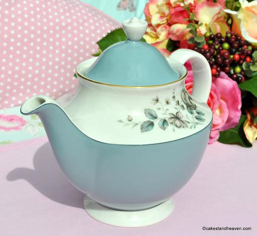 Rose Elegans T.C.1010 English Translucent China Teapot