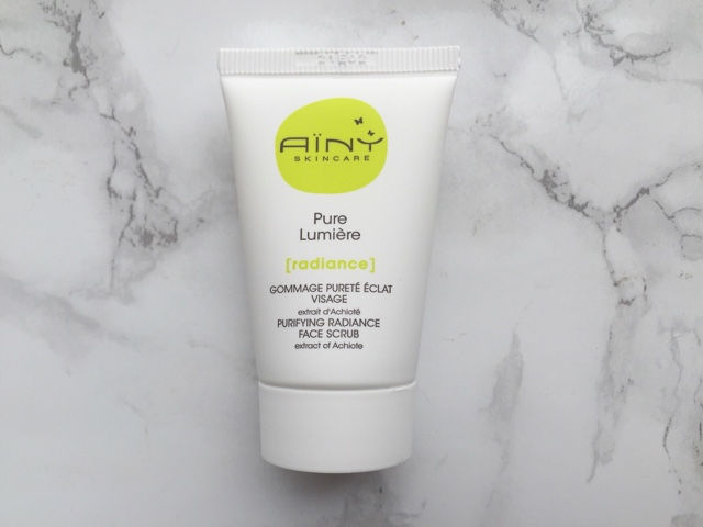 Ainy Purifying Radiance Facial Scrub