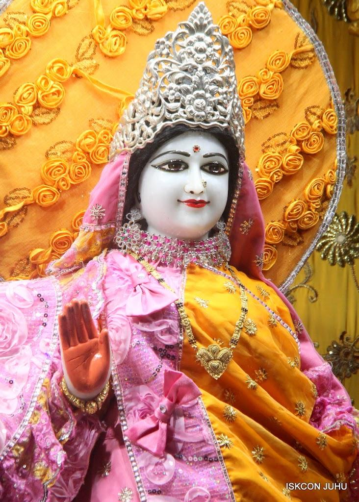 ISKCON Juhu Mangal Deity Darshan on 22nd July 2016 (26)