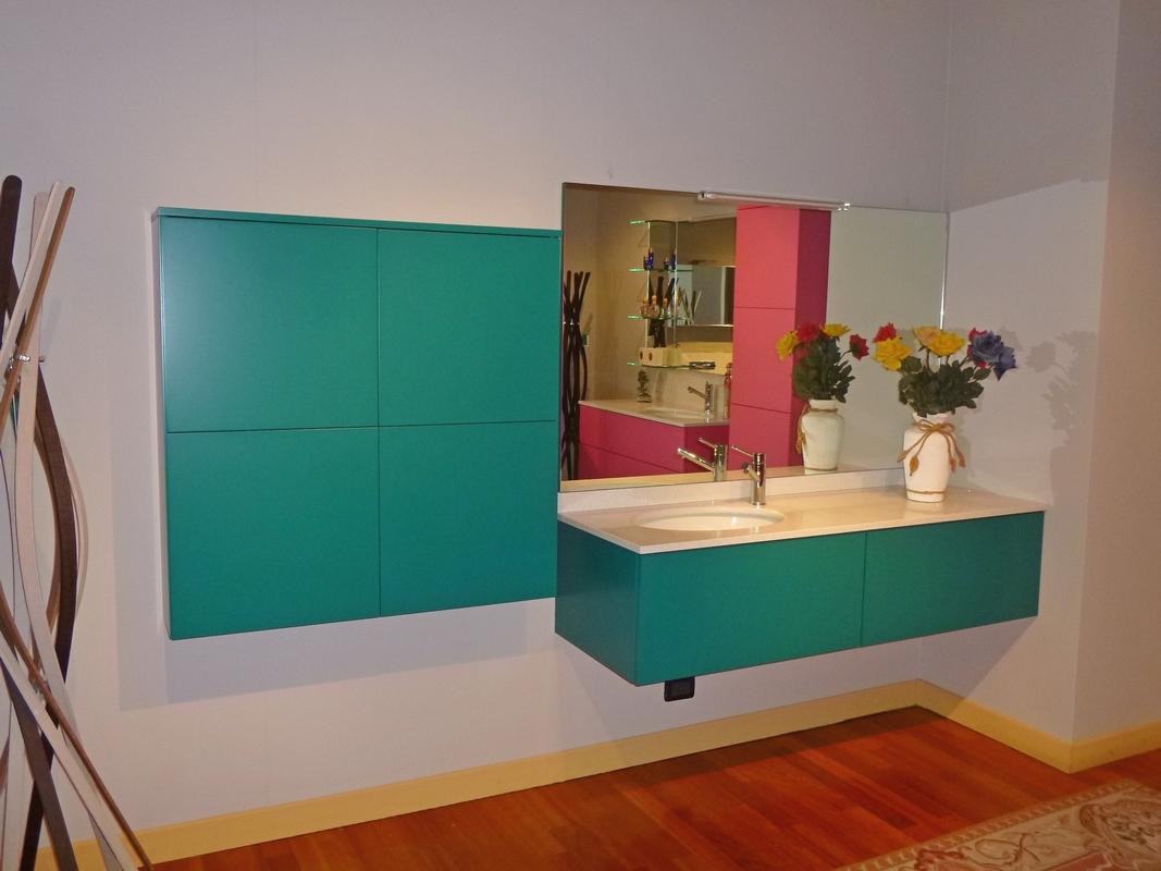 Arredo bagno mobili da bagno bergamo e - Bagno verde acqua ...