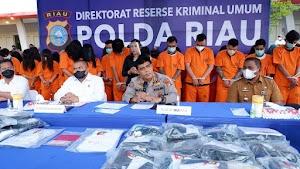 Polda Riau Gulung Praktek Judi Online, 59 Tersangka Diciduk