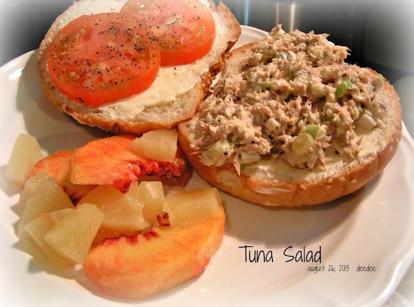 Dee Dee's Tuna Salad Sandwich Recipe