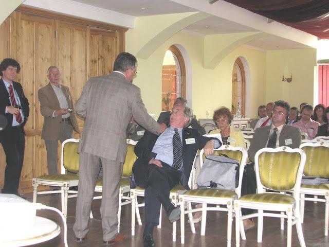 Conferinta finala a proiectului LOGO EAST - mai 2009 - poze%2Bconferinta%2B2%2B043.jpg