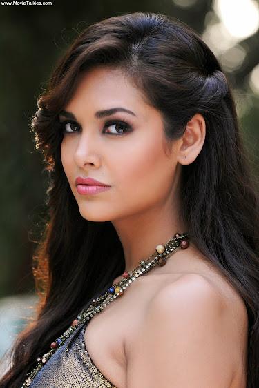 Esha Gupta Hot Bikini Images