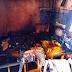 Curto em ar-condicionado causa incêndio e casa fica destruída em Manaus