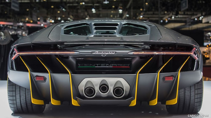 2016 Lamborghini Centenario LP770-4 Wallpaper