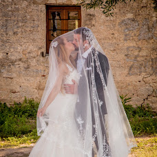 Wedding photographer Georgios Muratidis (MOURATIDIS). Photo of 16.02.2018