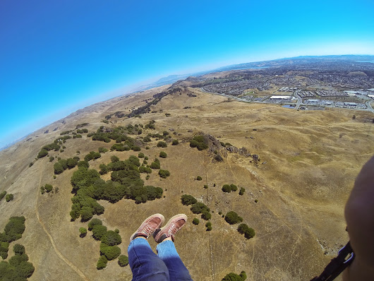 Blue Rock paragliding - a Thursday afternoon in Vallejo