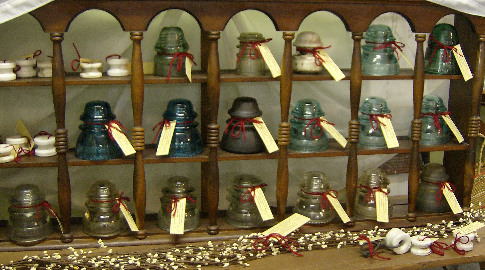 Country Lane Crafts & Antiques: Insulators and THE BIG EVENT