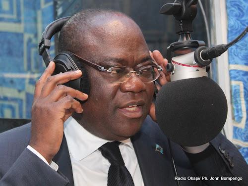 Présidentielle-RDC : Tryphon Kin-Kiey Mulumba dépose sa candidature sous la casquette d'indépendant