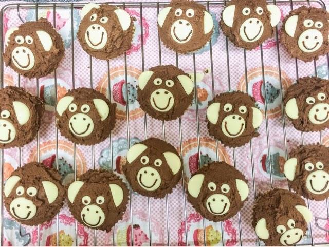 monkey-cupcakes