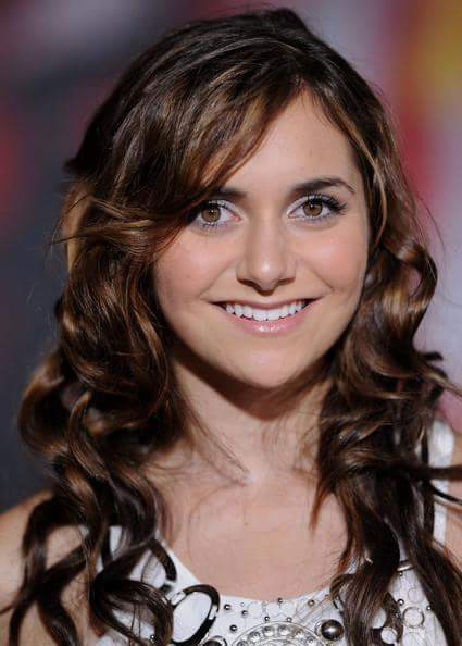 Alyson Stoner cute smile picture for display picture