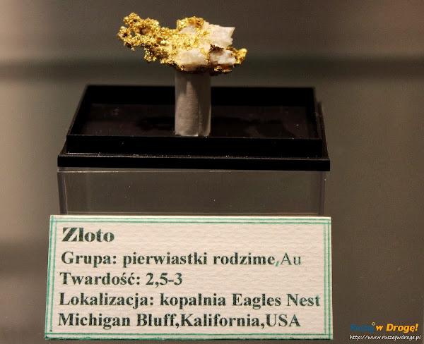 Muzeum Minerałów w Świętej Katarzynie - kamień złoto