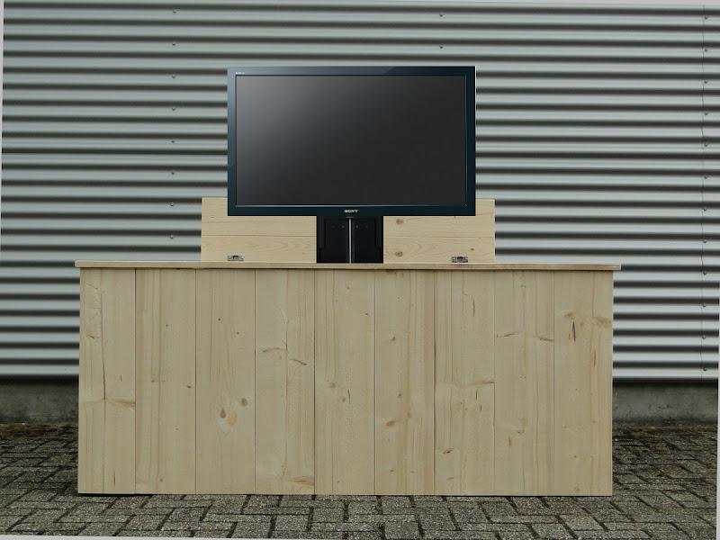 tv kast. tv kast