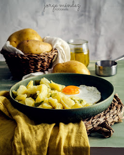 Patatas al Microondas para Guarnición o Tortilla
