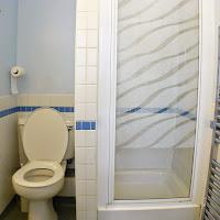 Room D-Bathroom1