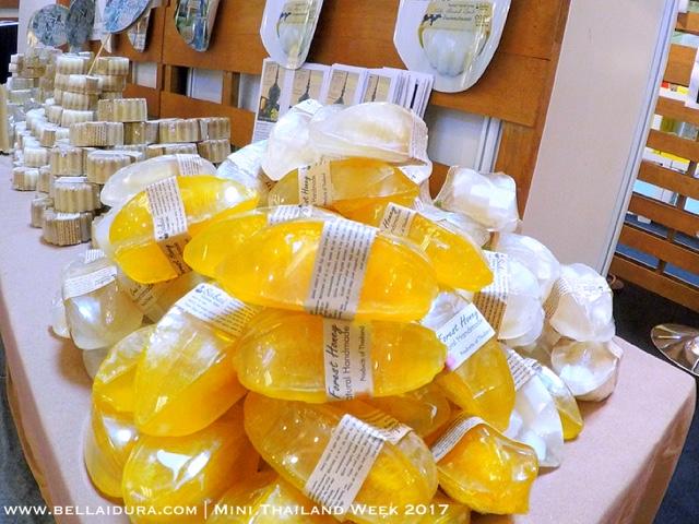cantik, produk thailand, cantik dengan produk thailand