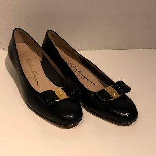 Salvatore Ferragamo Navy Classic Low  Pumps